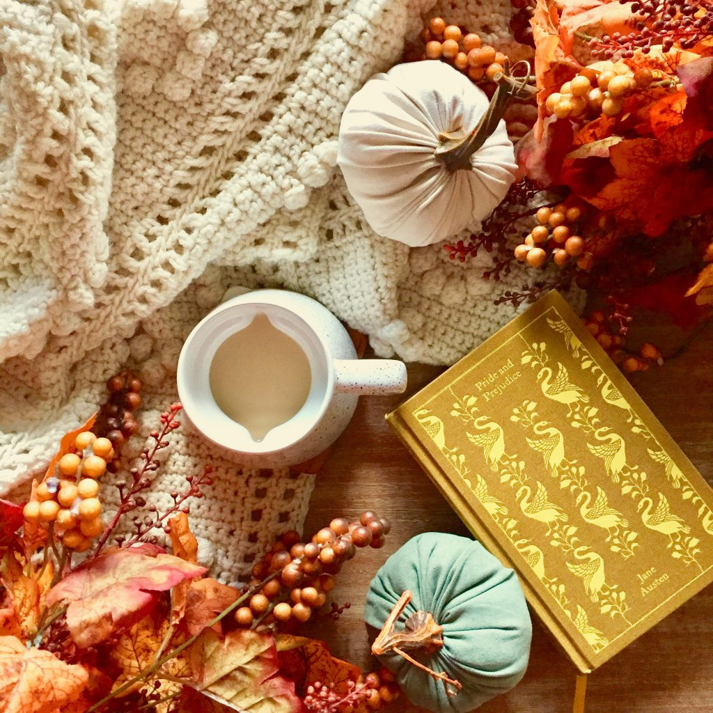 flatlay, Rufus & Henrietta, fall inspiration, fall leaves, cozy, hygge