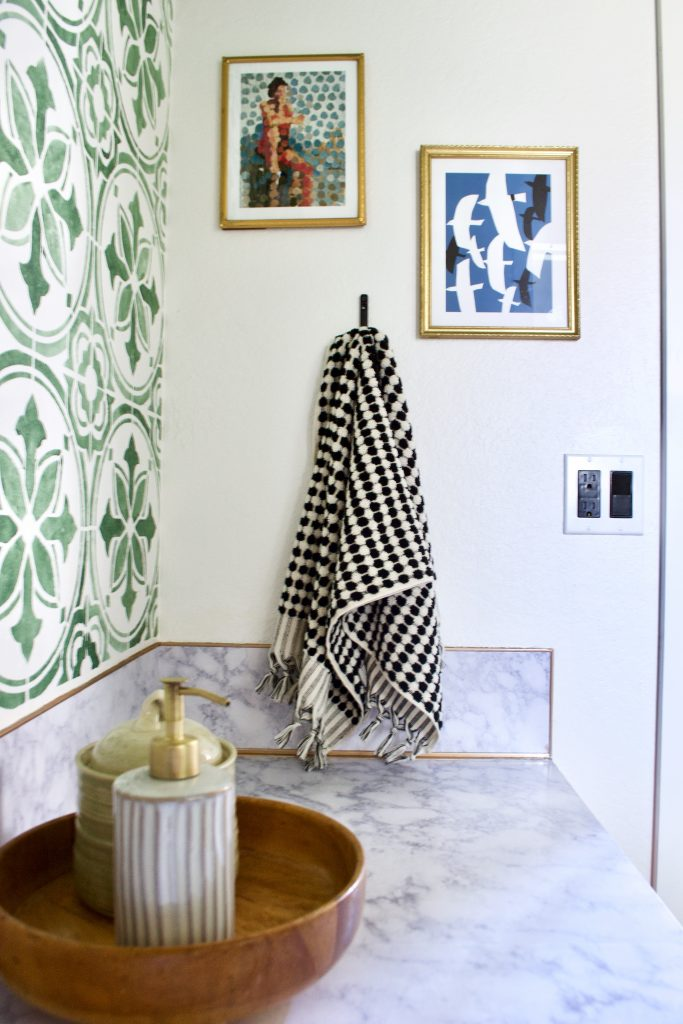 eclectic bathroom, vintage modern bathroom